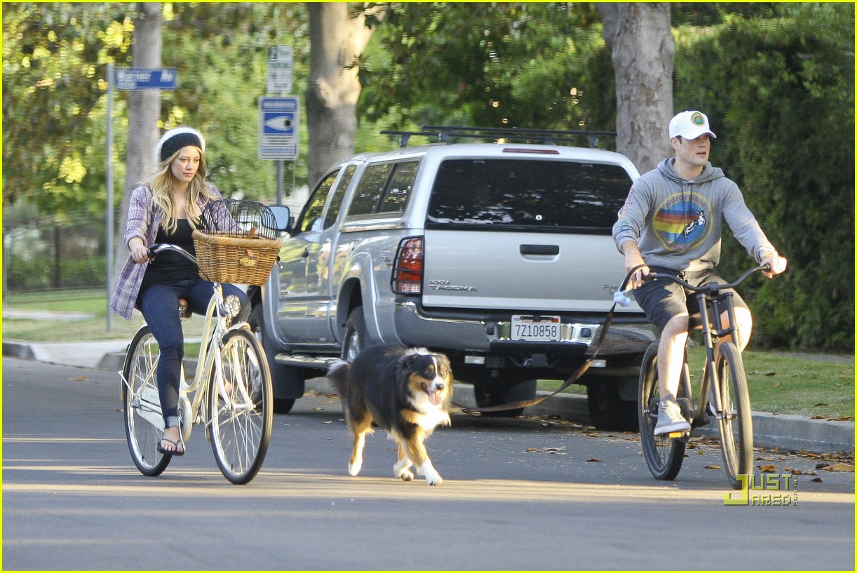 hilary duff bike 11
