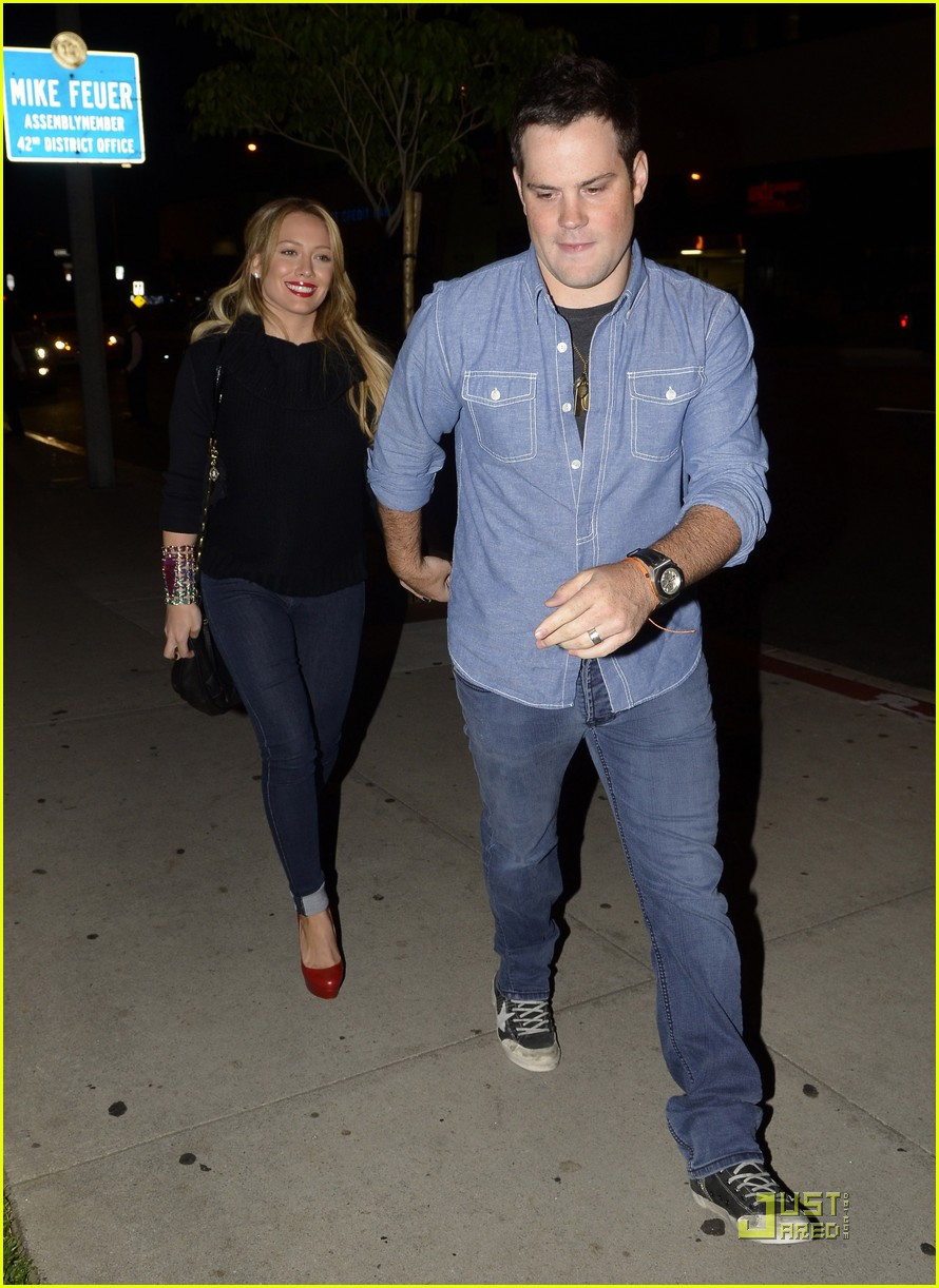 hilary duff date night mike 022569359