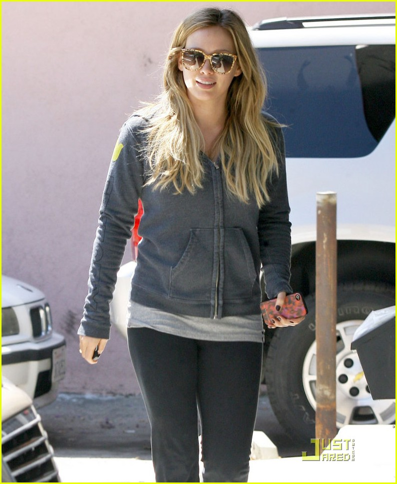 hilary duff work out 03