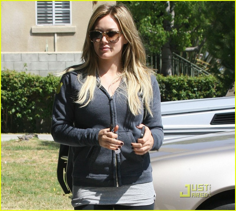 hilary duff work out 042575279