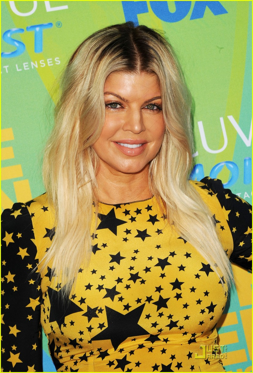 fergie teen choice awards with the black eyed peas 072567923