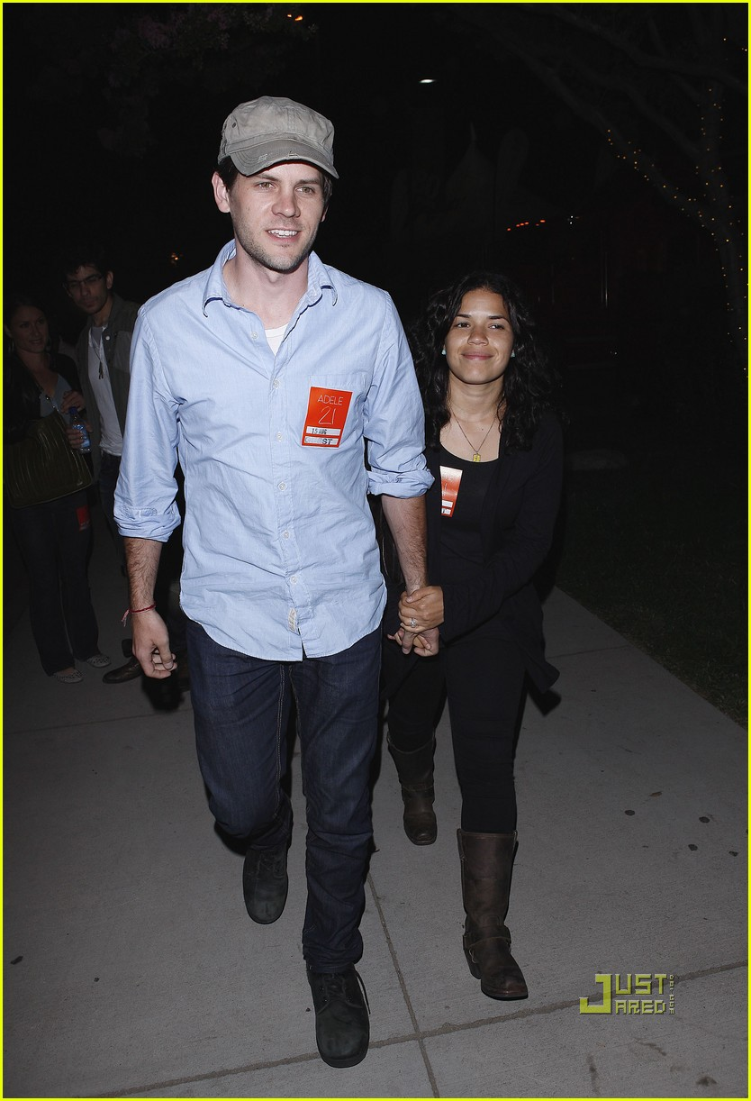 america ferrera ryan piers williams adele concert 03