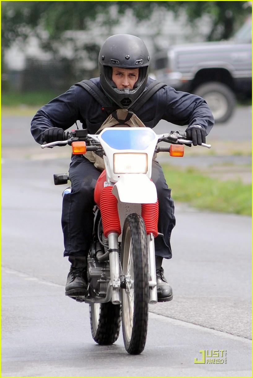 ryan gosling motorcycle pines 072568696