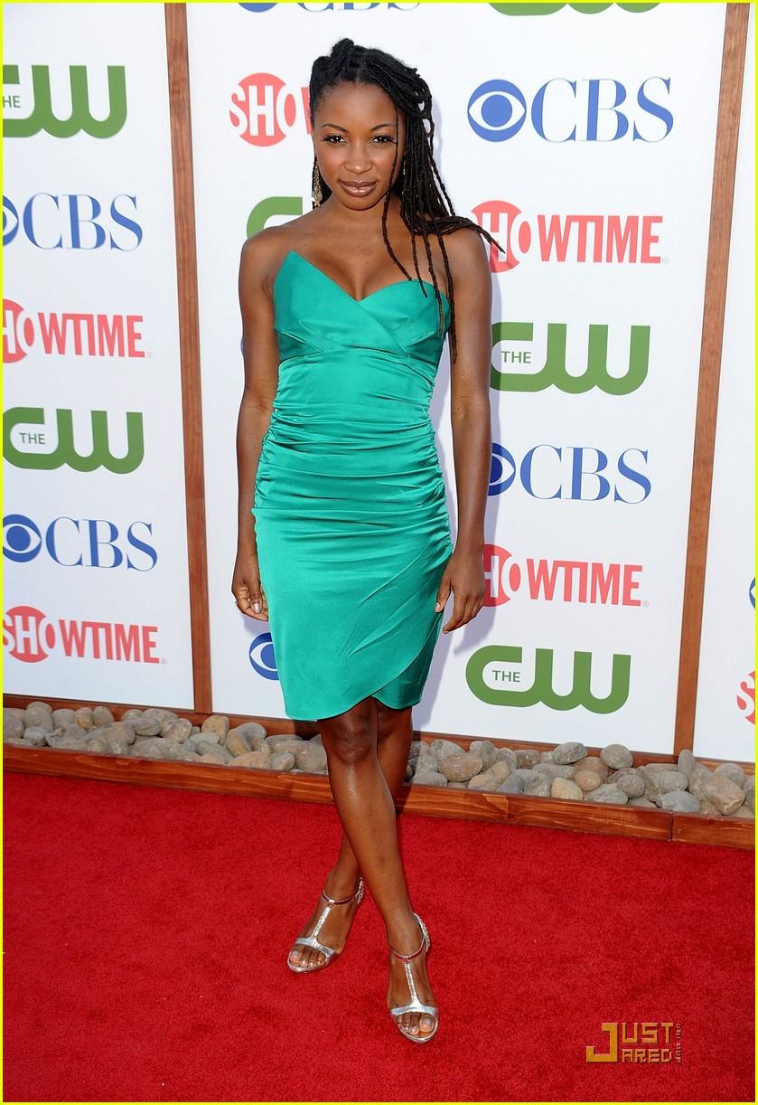 shanola hampton cameron monaghan shameless at tca party 01