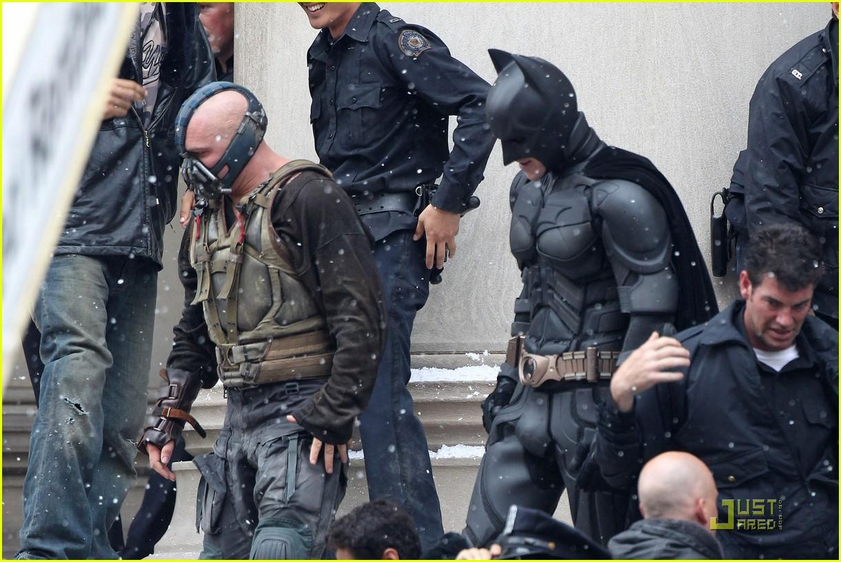 tom hardy christian bale bane batman battle 03