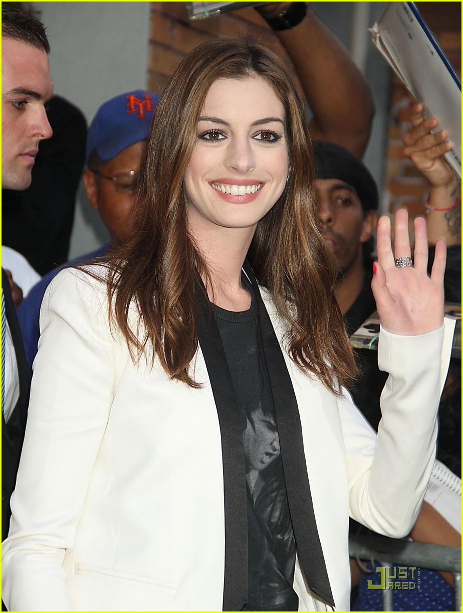 anne hathaway one day in theaters now 072571442