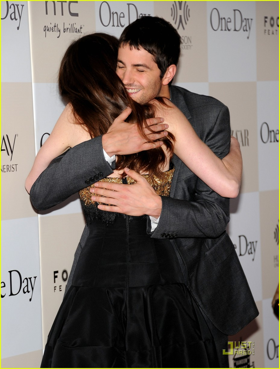 anne hathaway jim sturgess one day premiere nyc 032568400