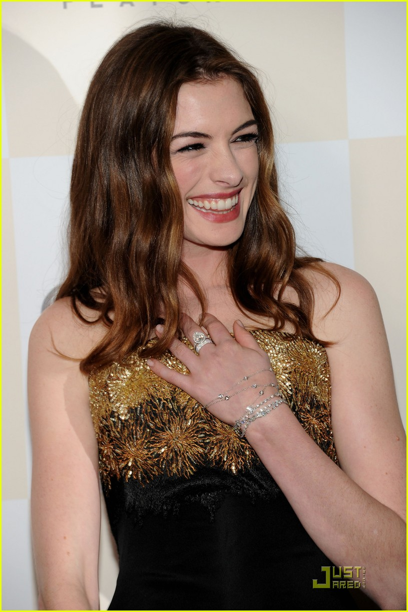 anne hathaway jim sturgess one day premiere nyc 10