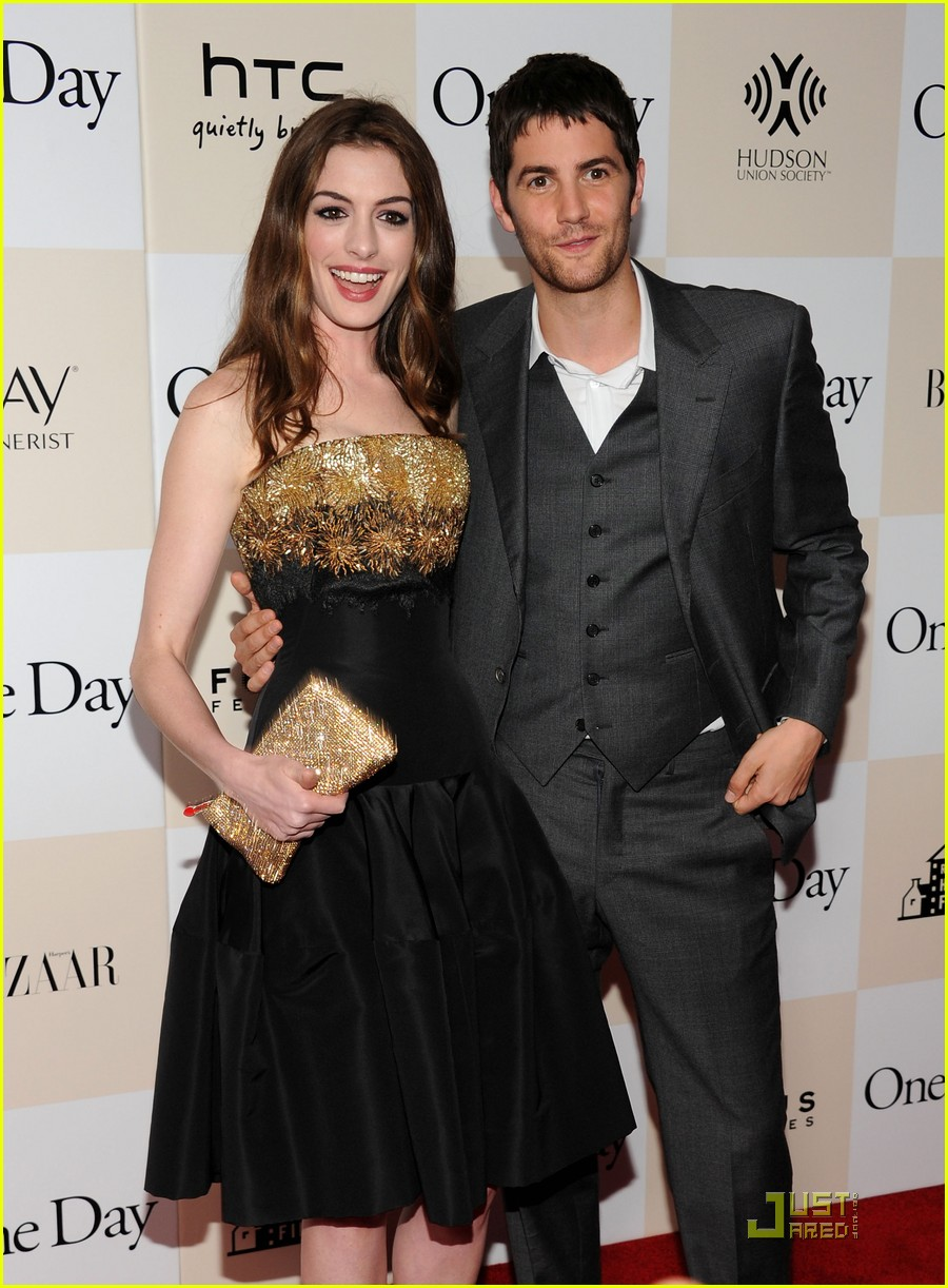 anne hathaway jim sturgess one day premiere nyc 182568415