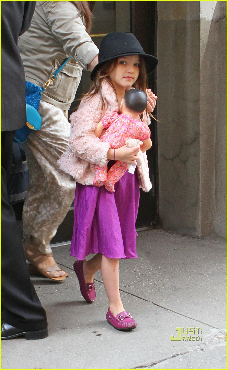 katie holmes suri cruise doll apartment 02