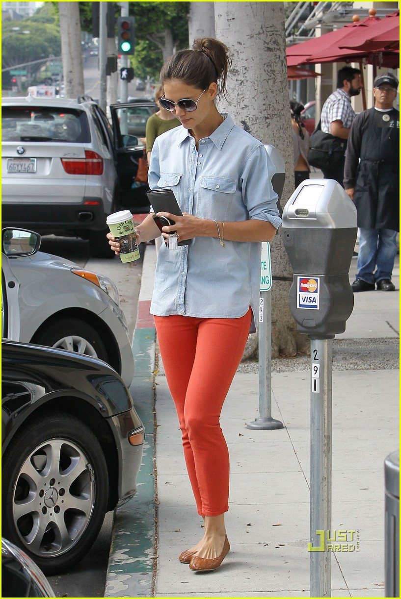 katie holmes orange pants 042572413
