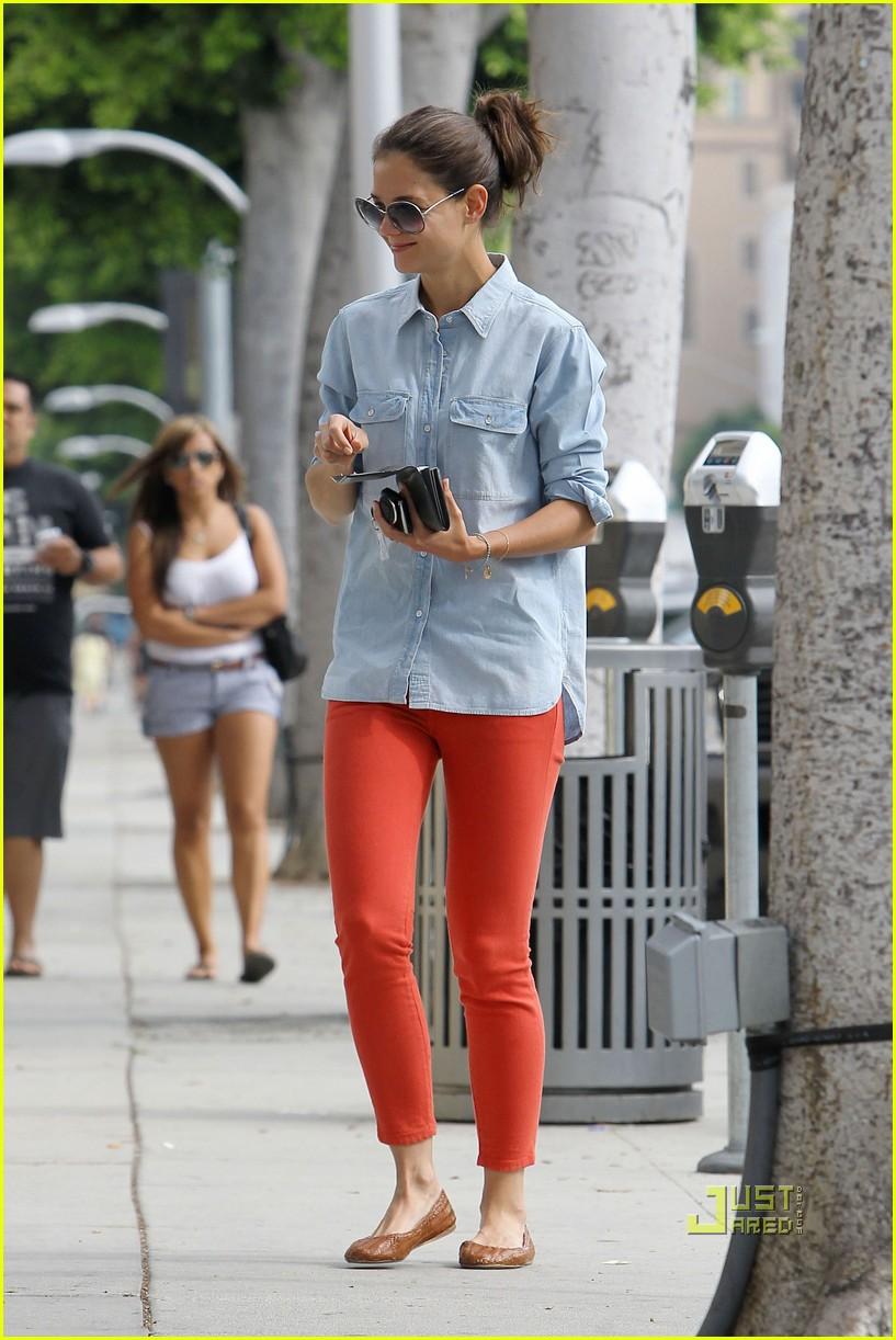 katie holmes orange pants 052572414
