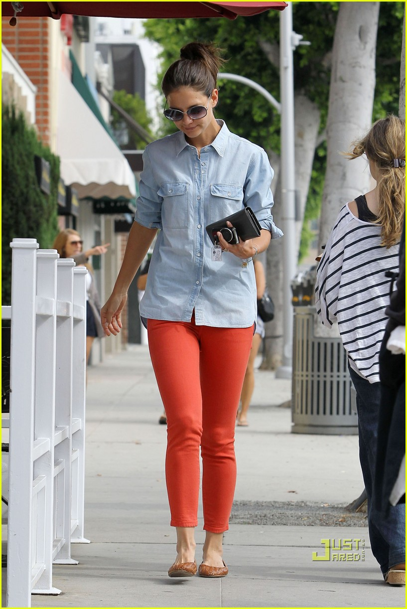 katie holmes orange pants 062572415