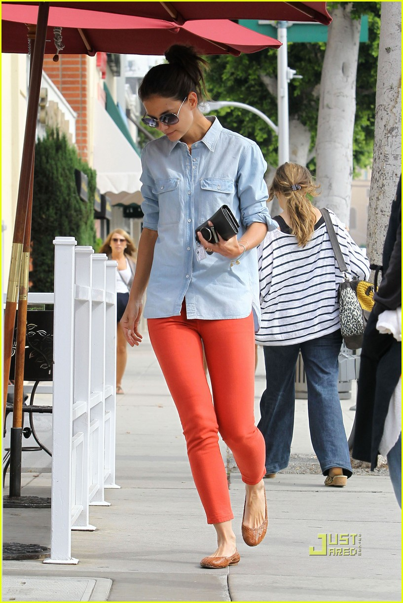 katie holmes orange pants 12