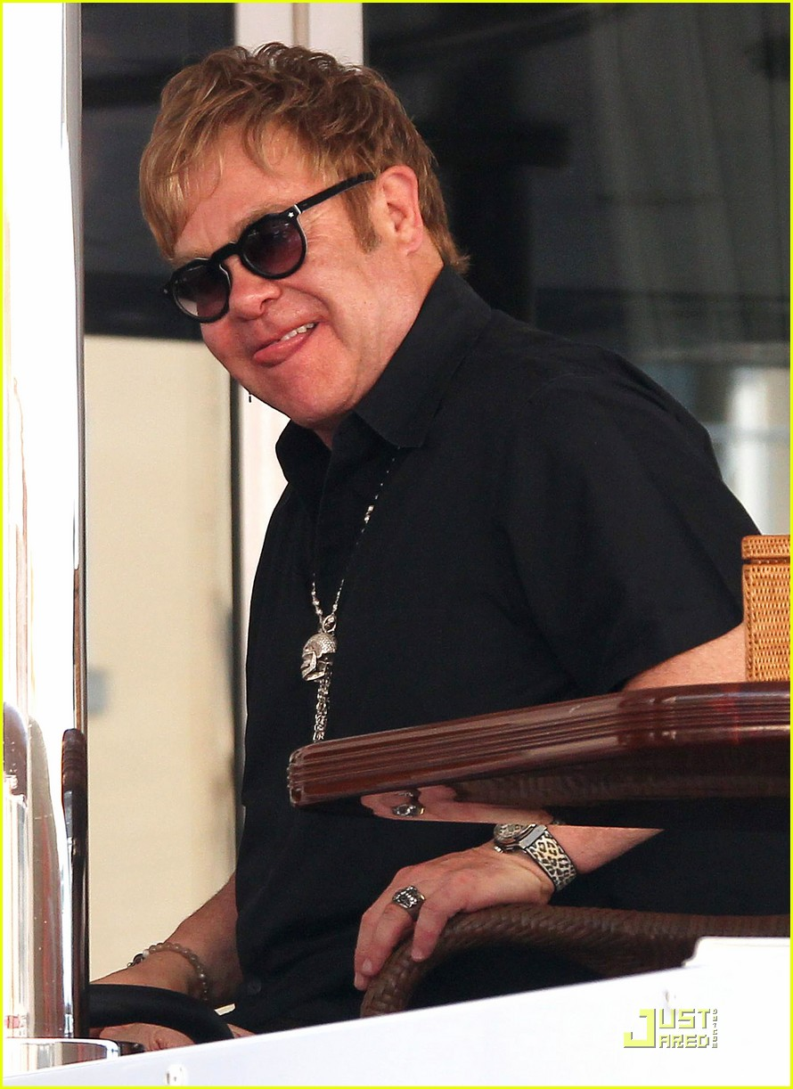 elton john david furnish st tropez with baby zachary 02