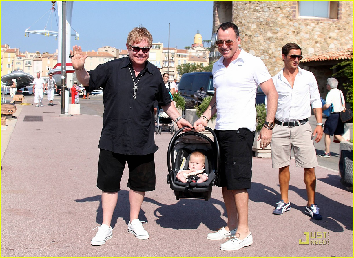 elton john david furnish st tropez with baby zachary 19