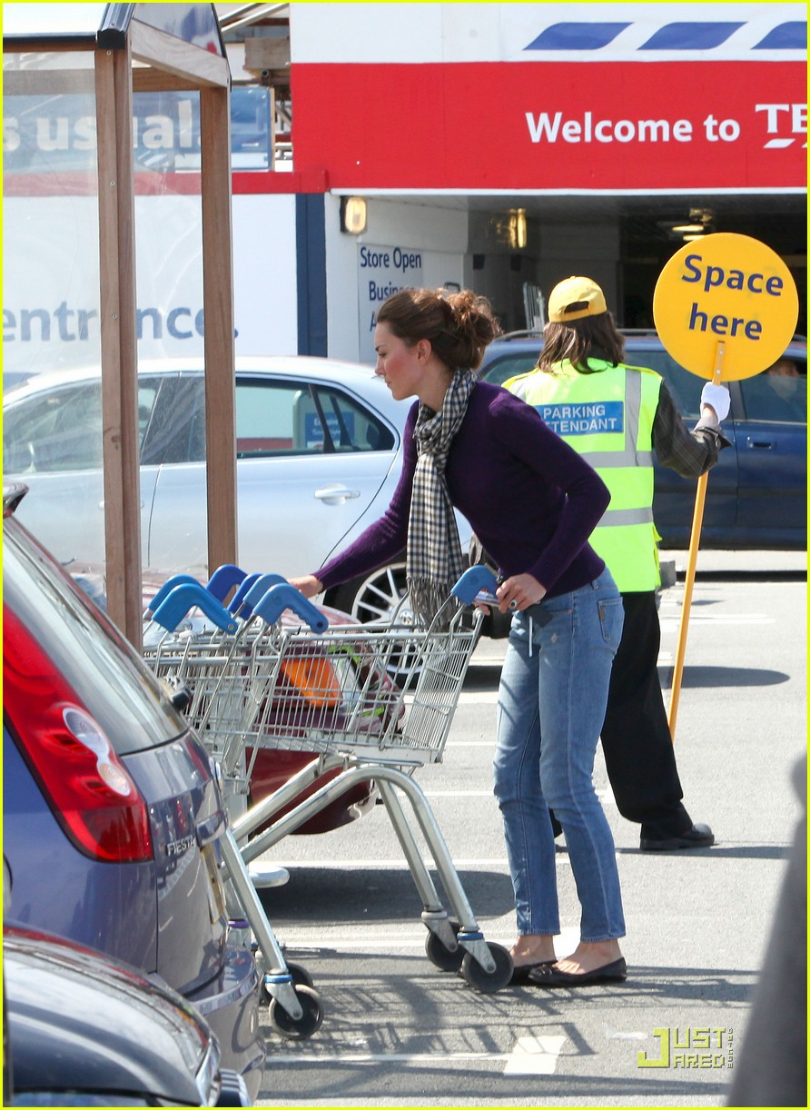 kate grocery shopping sans prince william 052566311