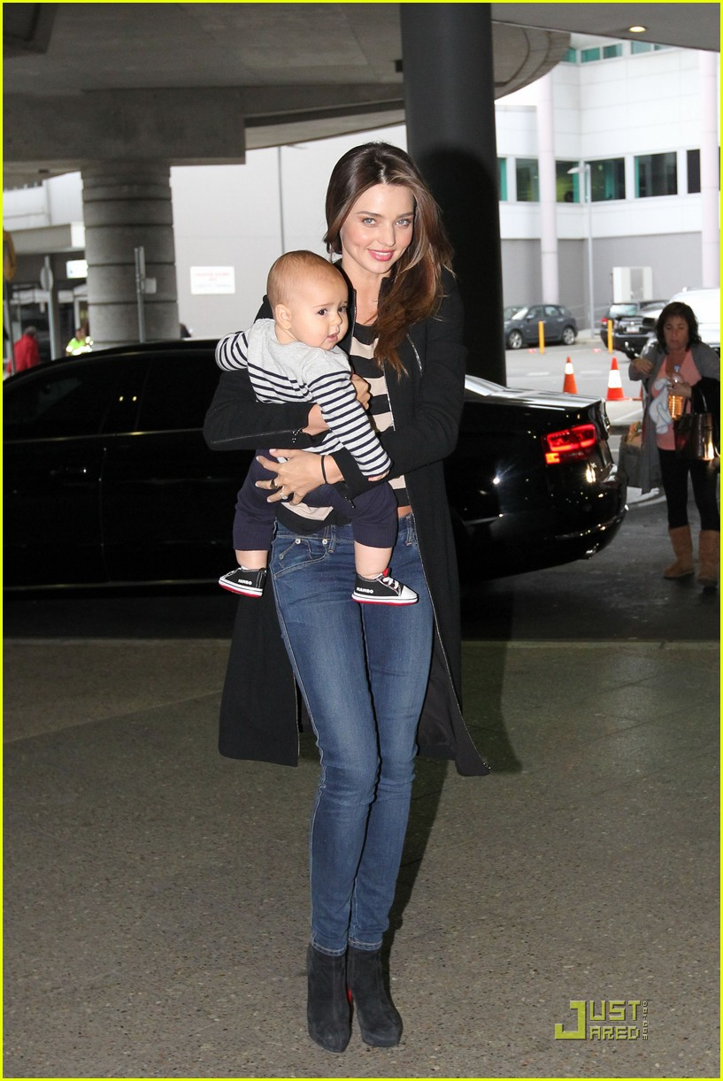 miranda kerr flynn calm mother baby 03