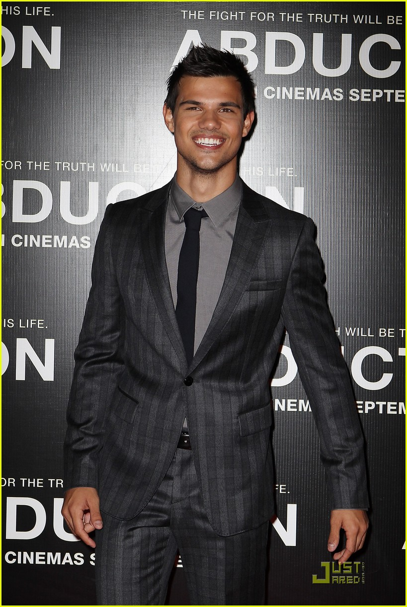 taylor lautner abduction sydney 07