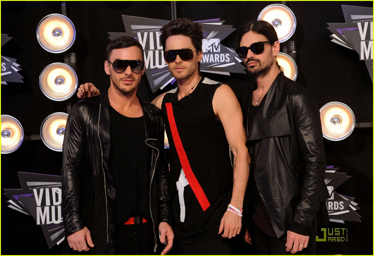 jared leto mtv vmas 2011 with 30 seconds to mars 04