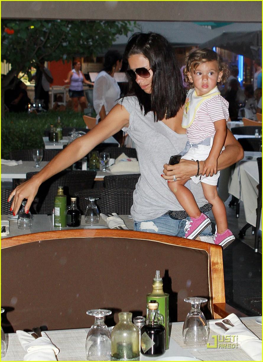 adriana lima family fun in miami 012566919