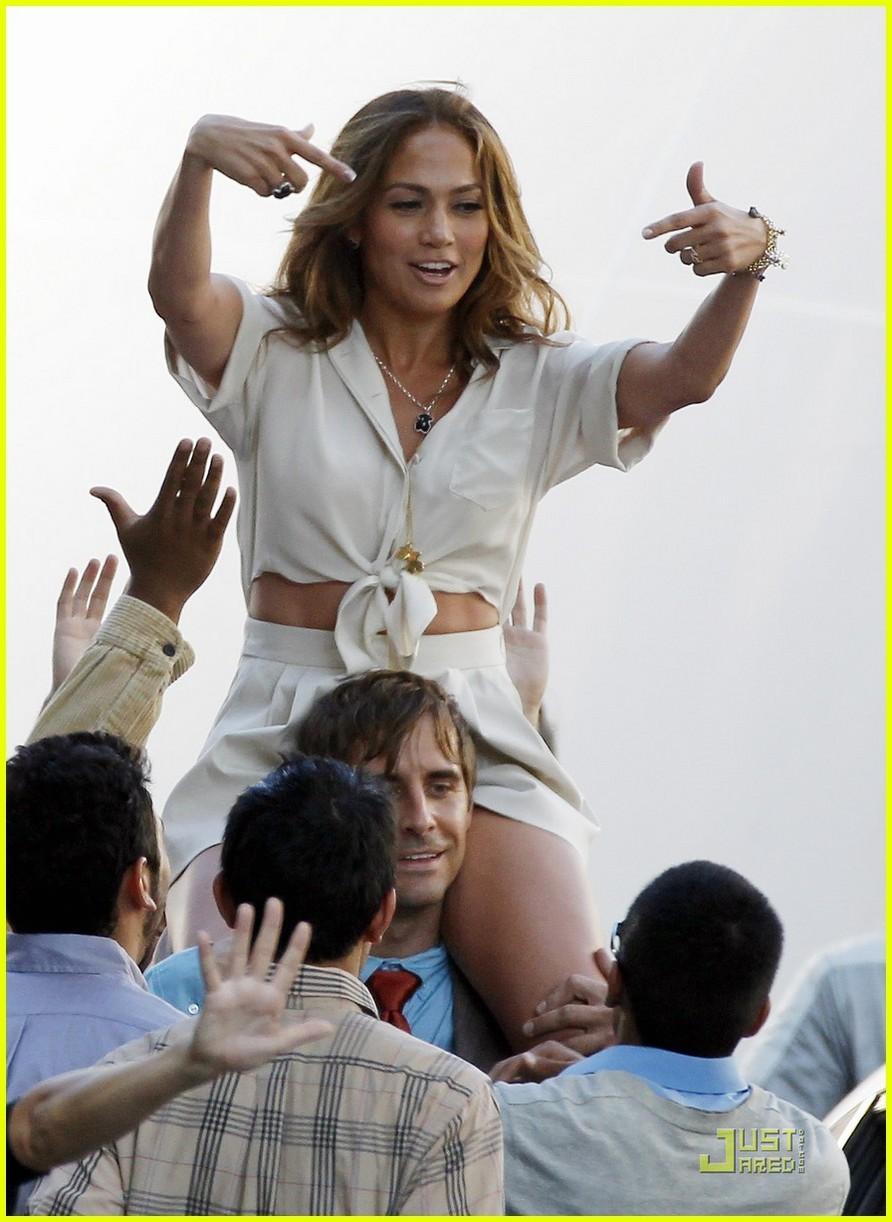 Full Sized Photo of je... Jennifer Lopez