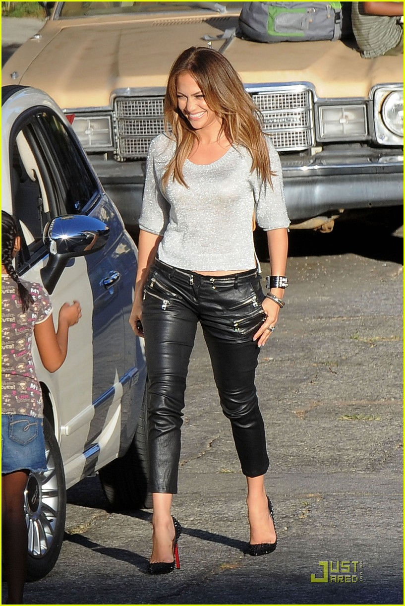 Jennifer Lopez Help Save Leah Remini Photo 2572525