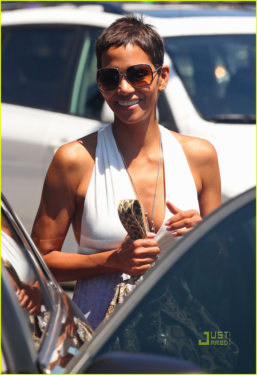 halle berry olivier martinez lunch date friends 052566029