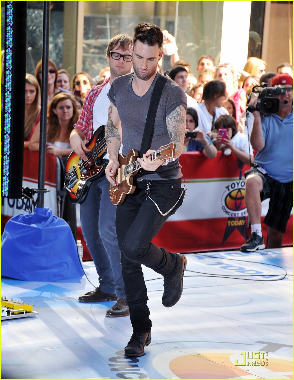 062f29e750 Maroon 5   Moves Like Jagger  on The Today Show!  Photo 2567525 ...