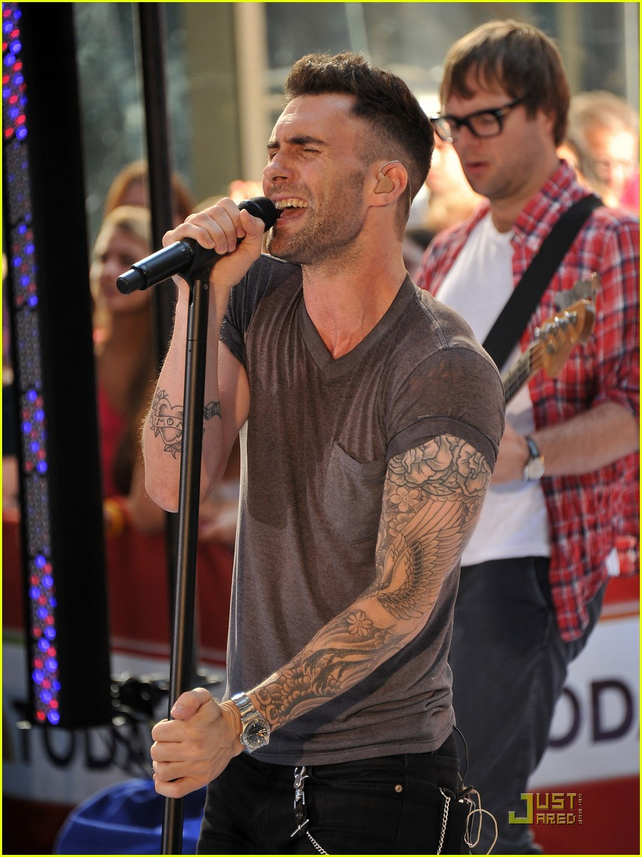 172430cc2c Maroon 5   Moves Like Jagger  on The Today Show!  Photo 2567534 ...
