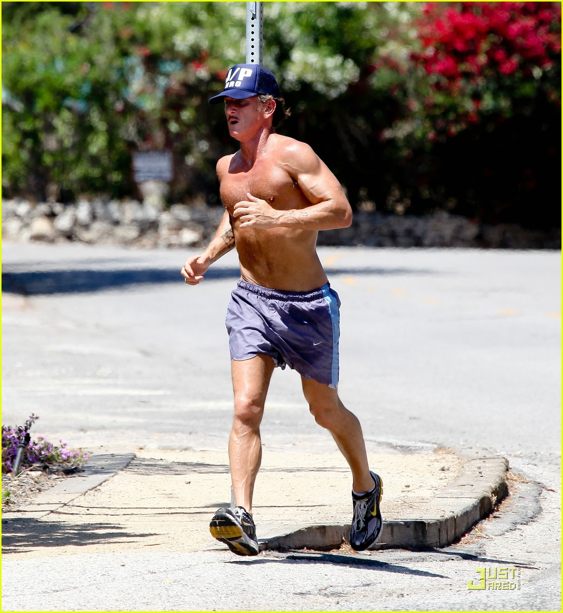 sean penn shirtless jogging with shannon costello 312574308