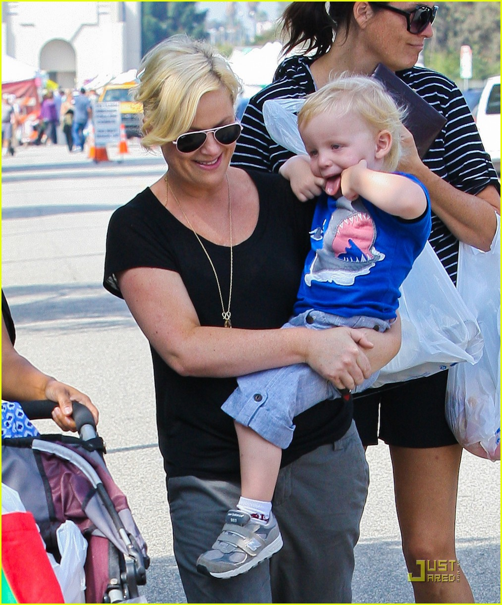 amy poehler funny faces son 09