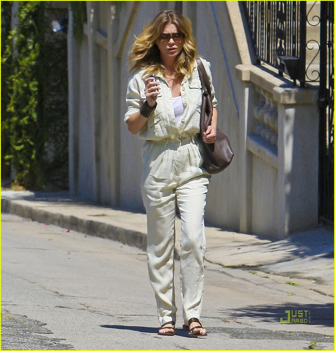 ellen pompeo jumpsuit out la 06