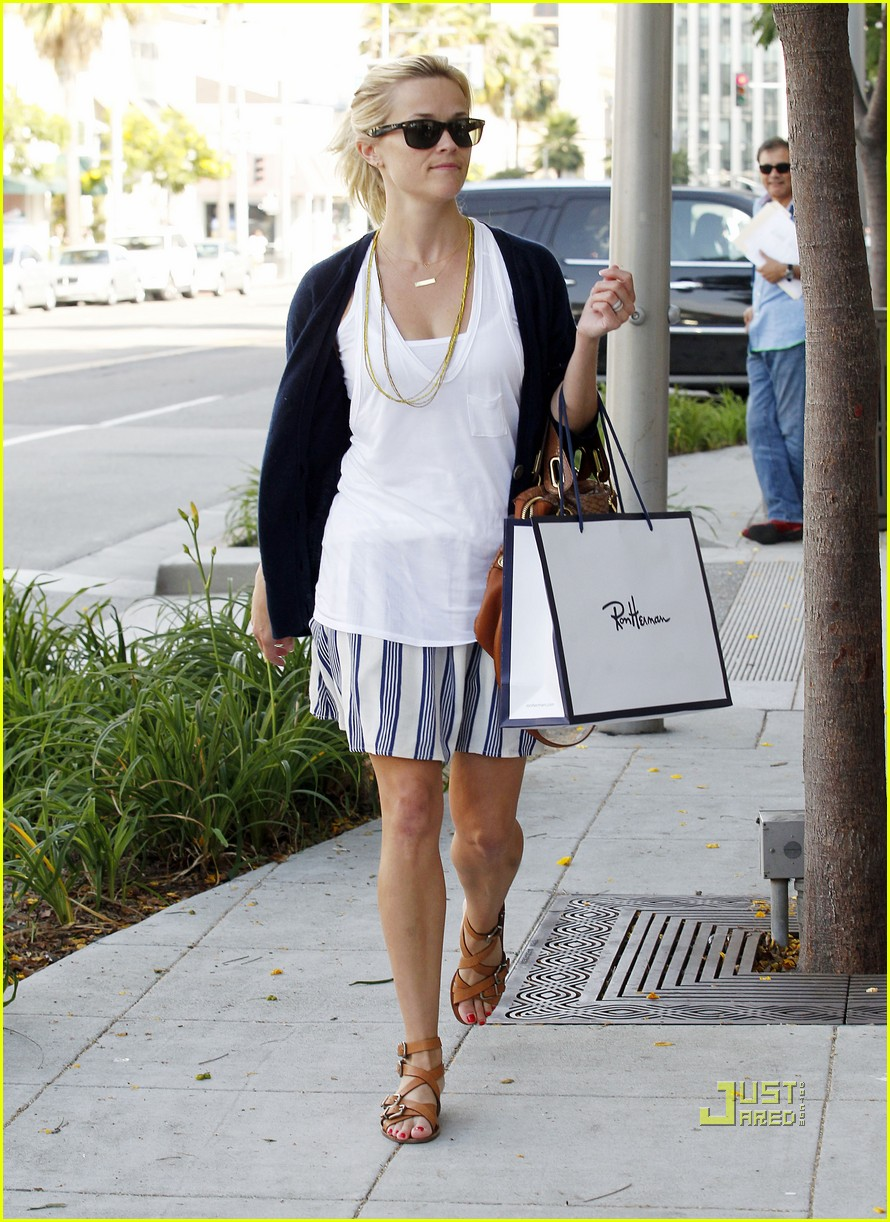 reese witherspoon ron herman shopping 072569766