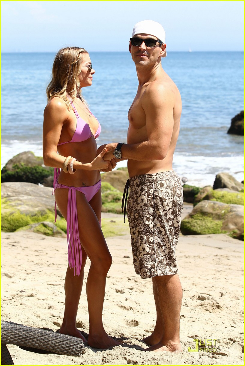 leann rimes kisses eddie beach 03