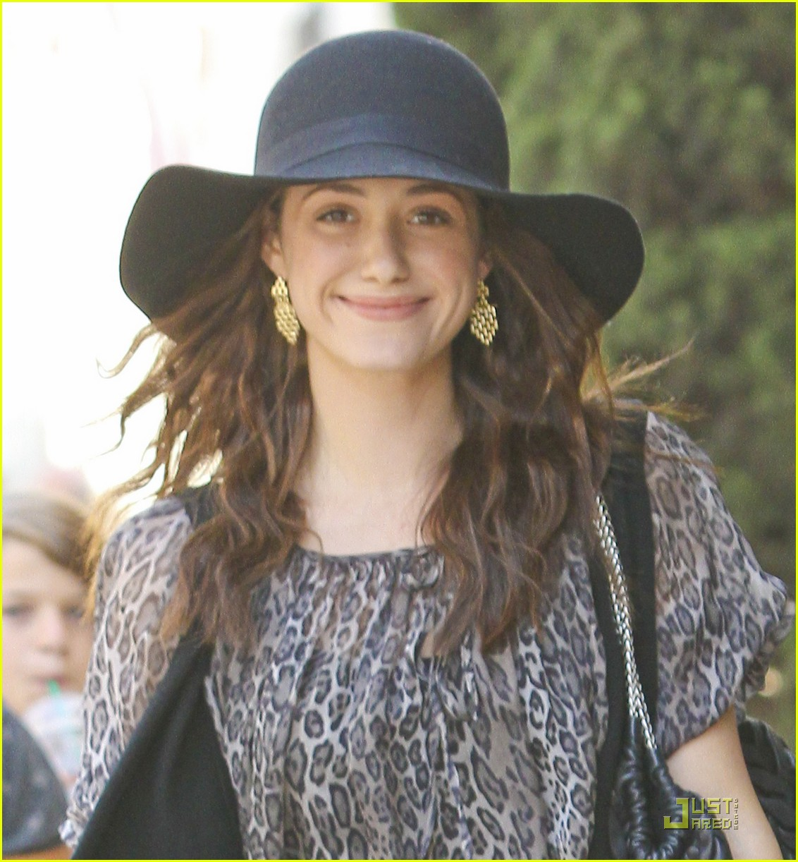 emmy rossum all smiles 20