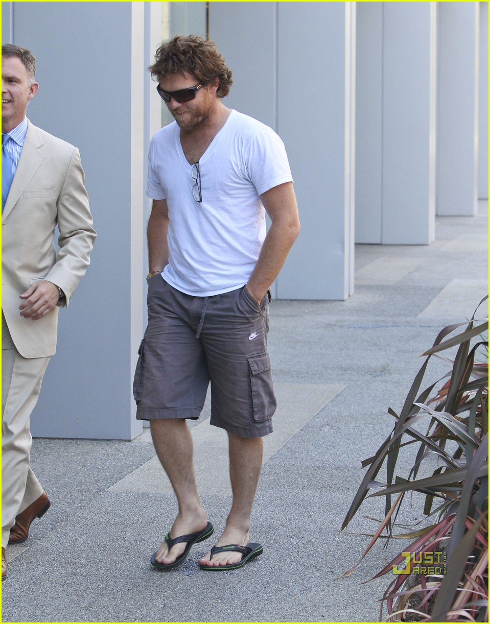 sam worthington boa steakhouse 01