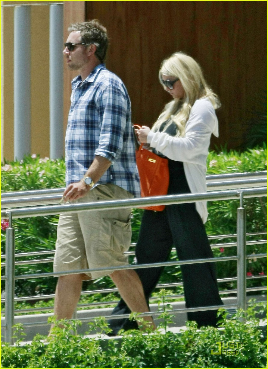 jessica simpson eric johnson jet la 01