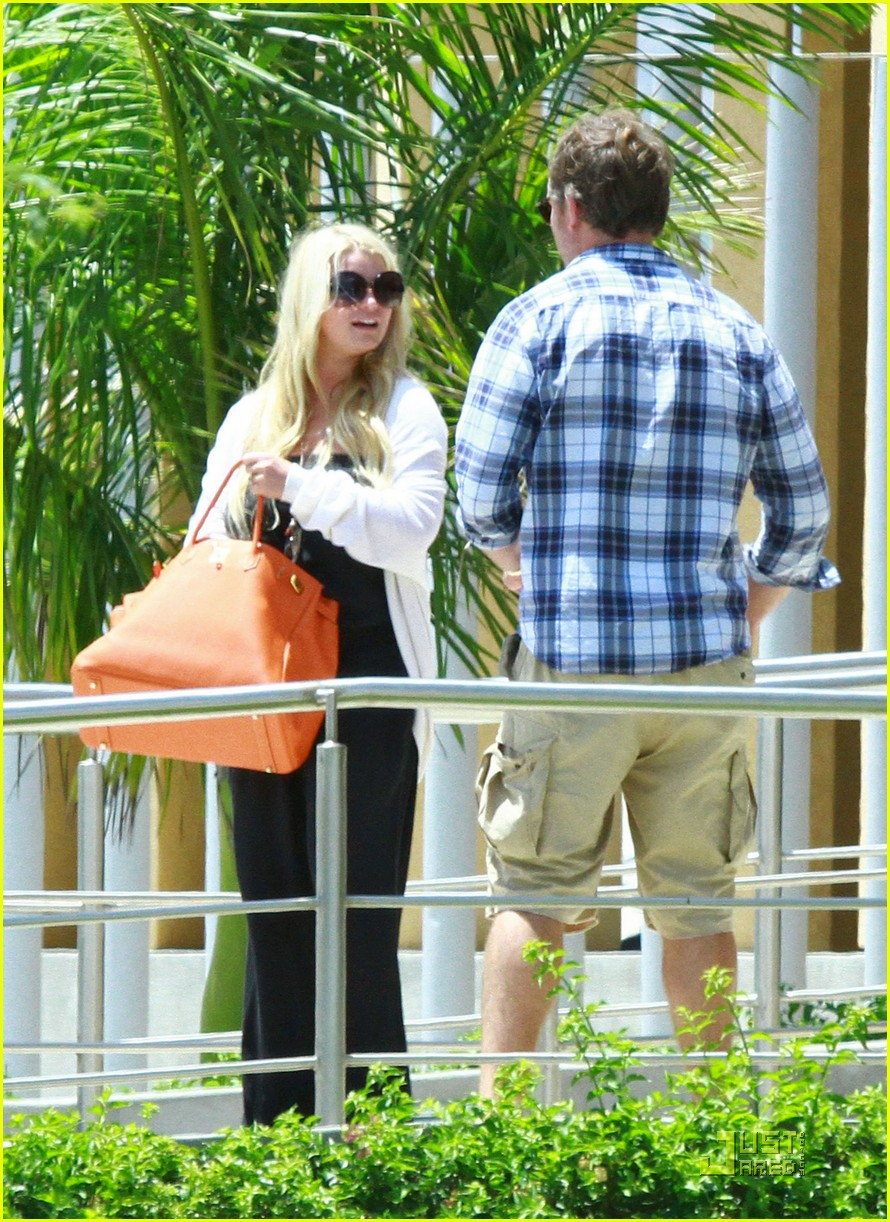 jessica simpson eric johnson jet la 082573304