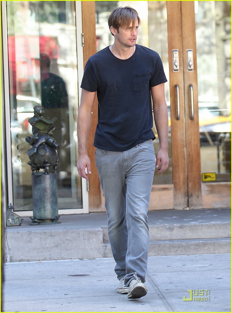 alexander skarsgard what maisie knew 072569476