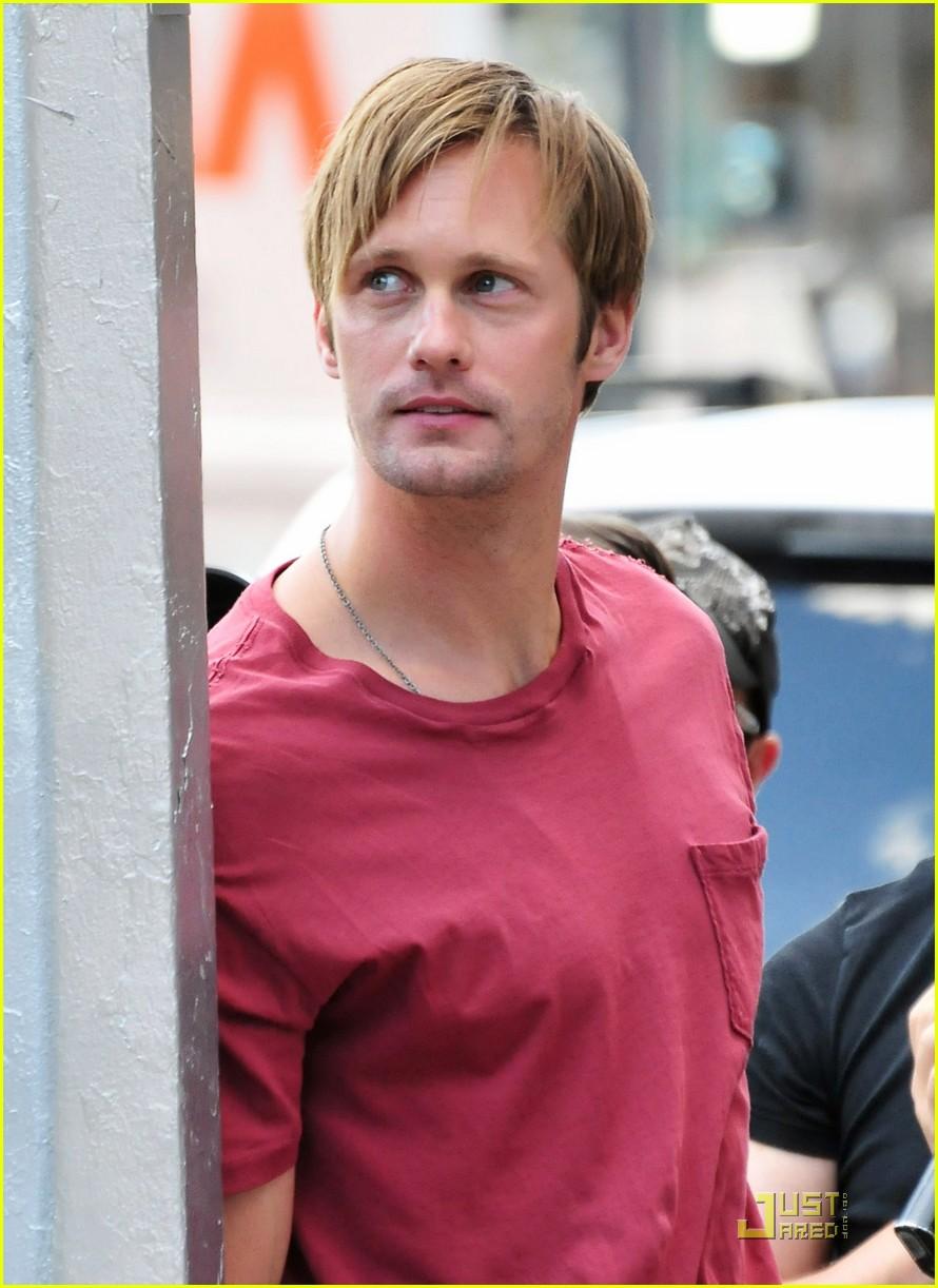 alexander skarsgard red shirt 052572508