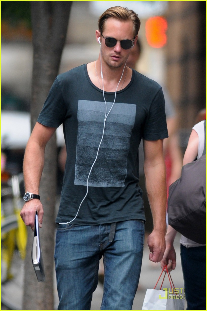 alexander skarsgard repeat outfit offender 022568111