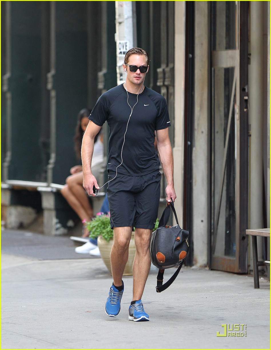 alexander skarsgard wednesday workout 012572936