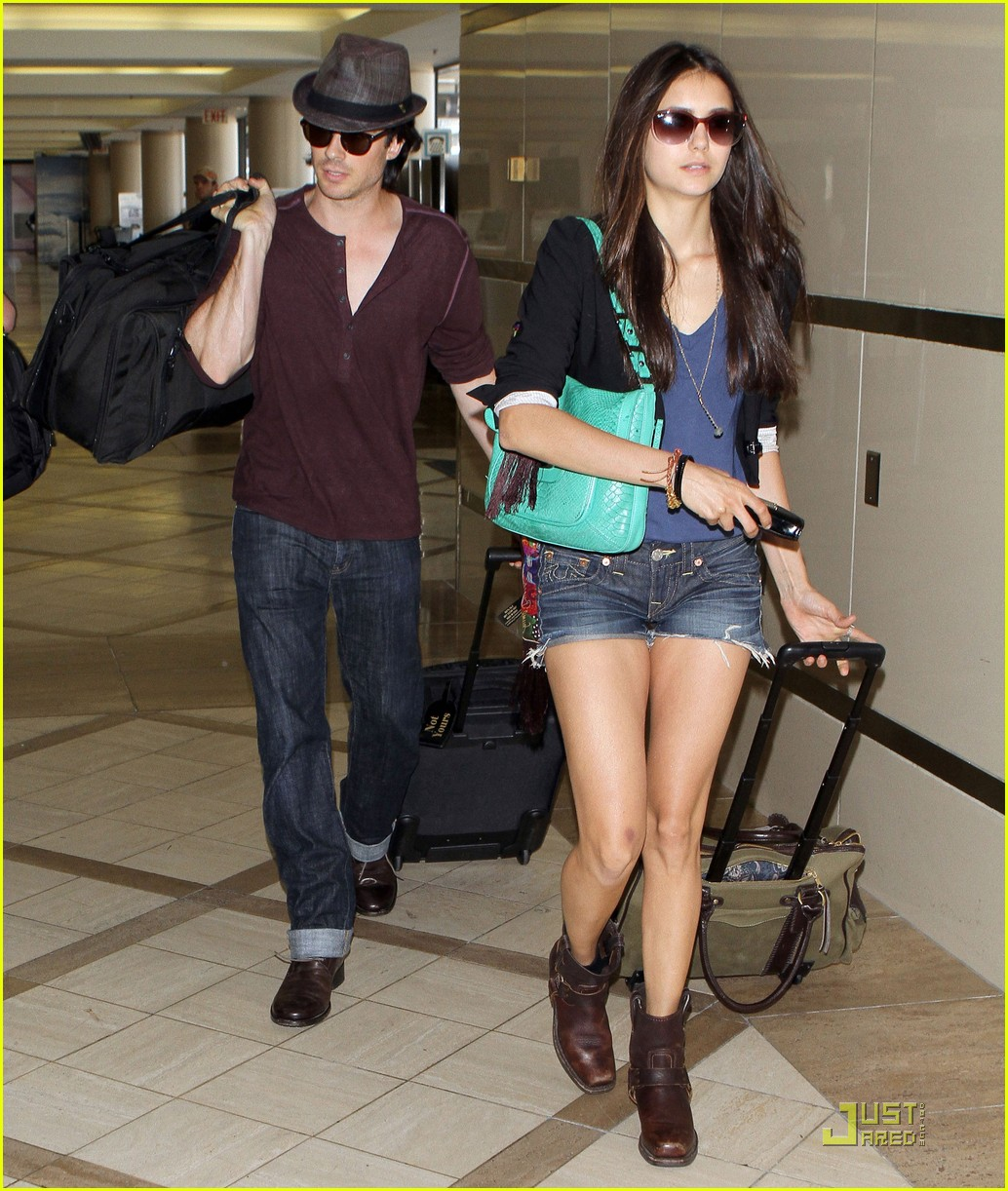 nina dobrev ian somerhalder lax 07