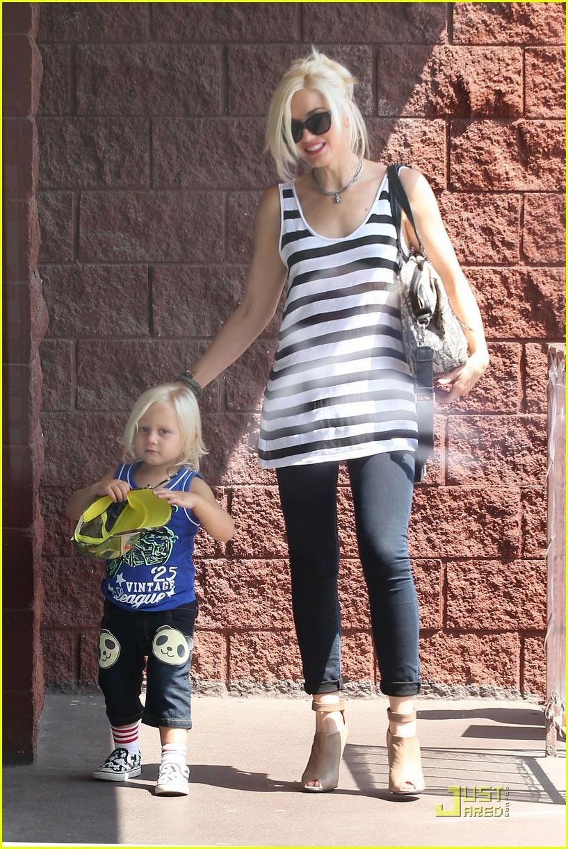 Full Sized Photo of gwen stefani childrens clothing line ...