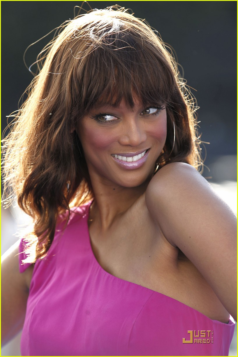tyra banks do something awards 2011 042570283