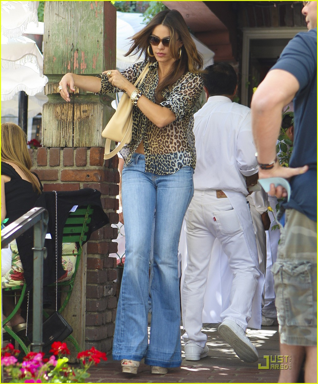 sofia vergara lunch nick loeb 182574225