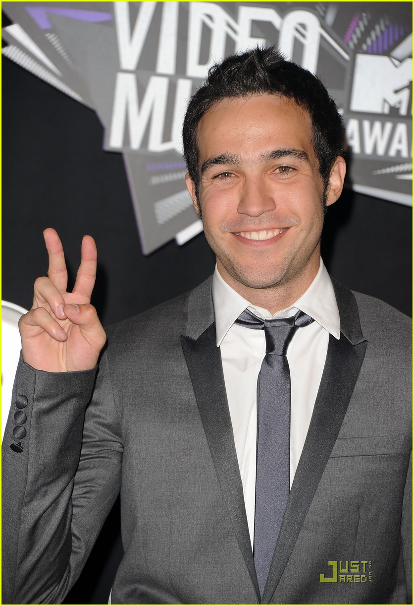 pete wentz gabe saporta 2011 mtv vmas 02