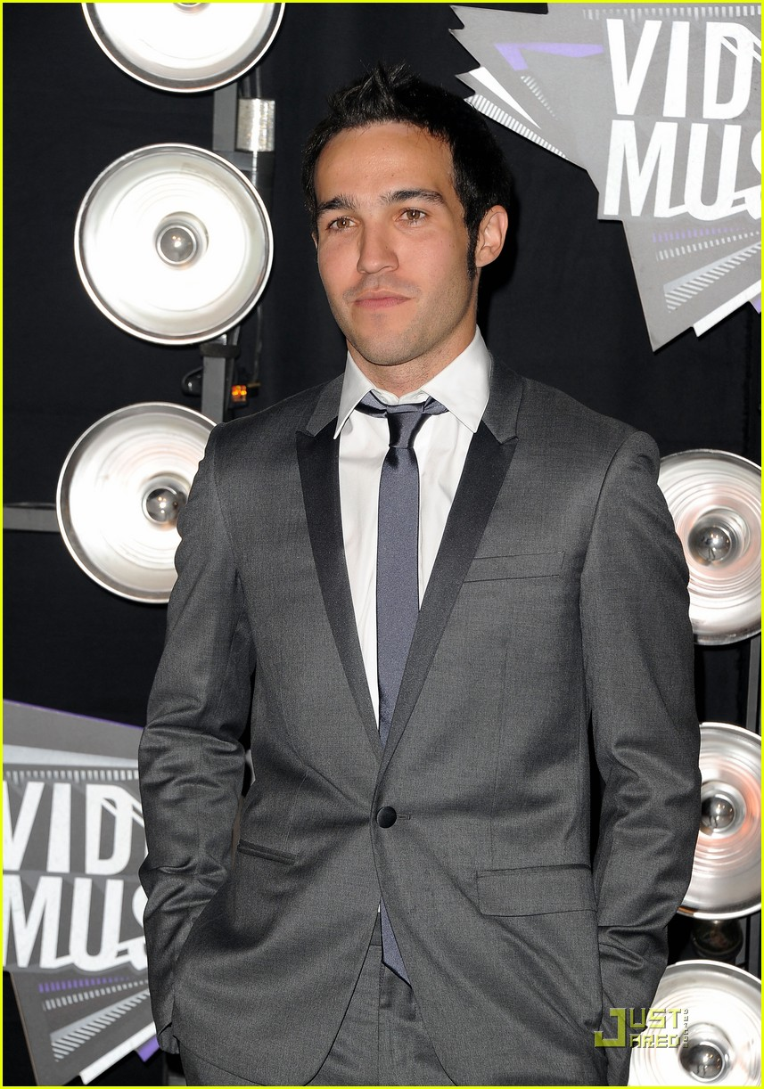 pete wentz gabe saporta 2011 mtv vmas 13