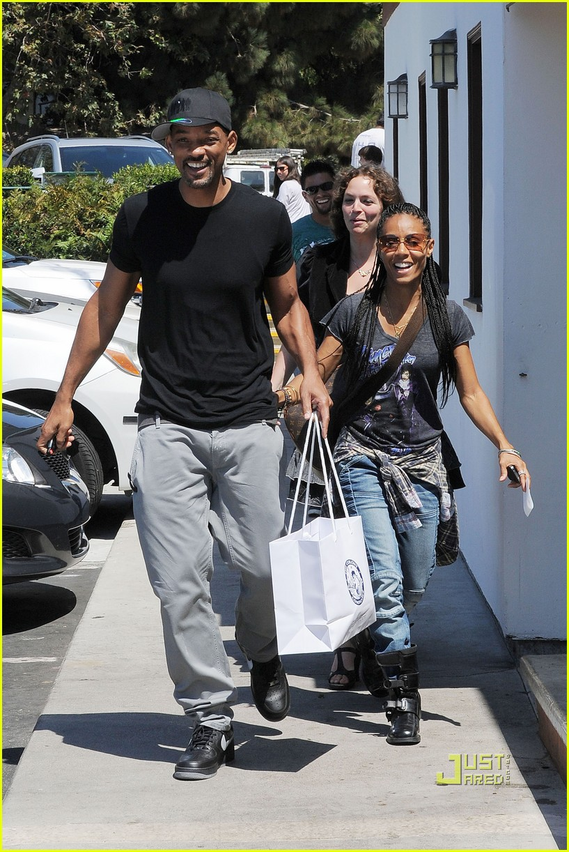 will smith jada pinkett smith malibu 152572920